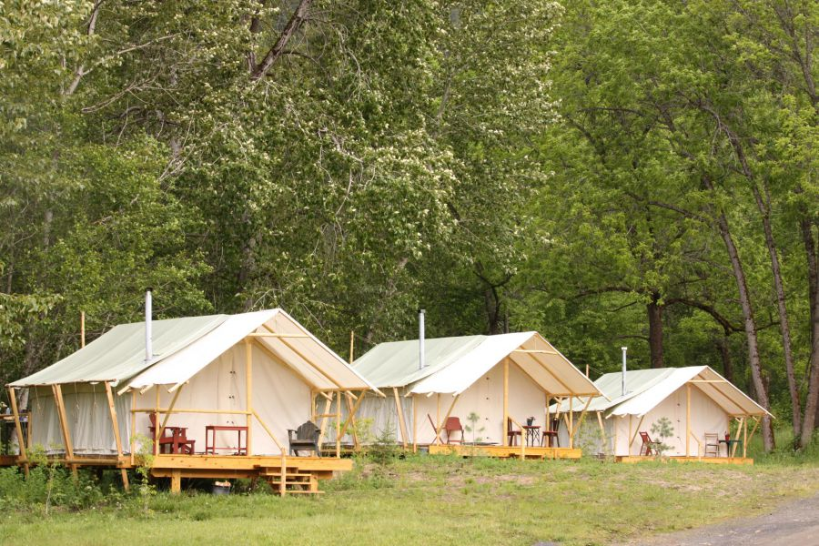 Glamping luxury camping glamping in the west luxury for Wall tent idaho